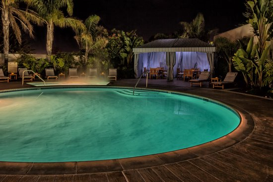 Portola Hotel & Spa at Monterey Bay: Pool & Jacuzzi
