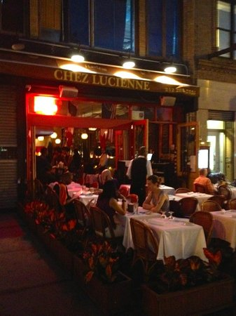 Chez Lucienne : The view from the pavement