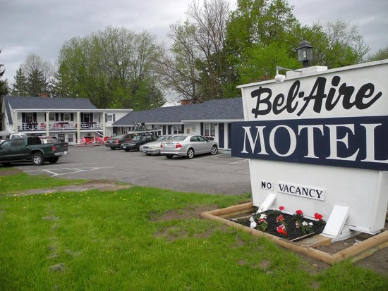 Bel Aire Motel: The Motel