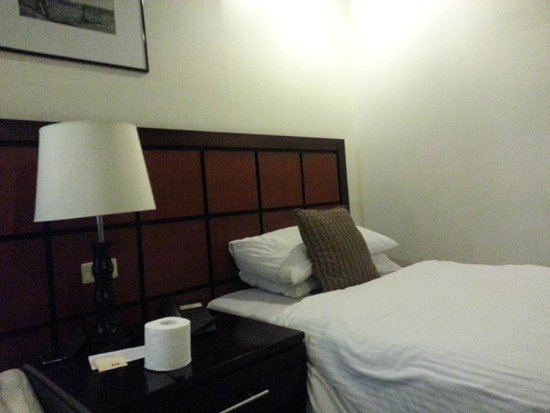 The Sugarland Hotel: One single bed