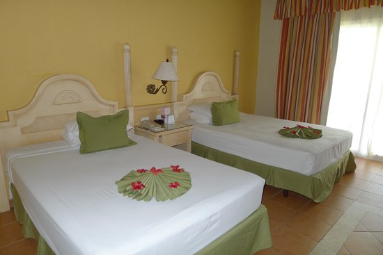 Grand Bahia Principe El Portillo : Our room