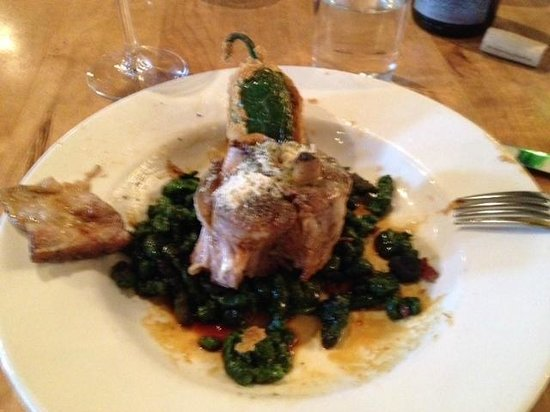 Beckett's Table: Pork Osso Bucco with spinch spatzel, Jalopena Popper