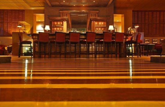 Portola Hotel & Spa at Monterey Bay: Jacks Lounge inside the Portola Lobby