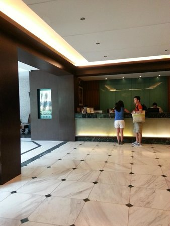 The Sugarland Hotel: Lobby during check-out