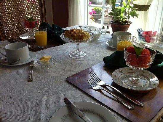 1848 Island Manor House: Breakfast