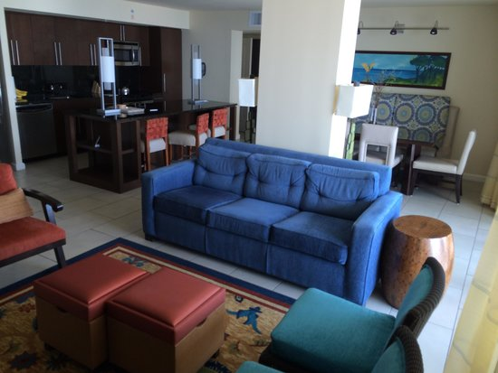 Marriott's Crystal Shores: Living area