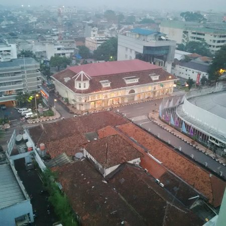 Ibis Styles Bandung Braga: Asia Africa museum, View from 12th floor
