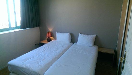 Sejours & Affaires Rive Gauche - Serris: Bedroom