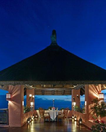The Ritz-Carlton, Abama: Romantic dinner