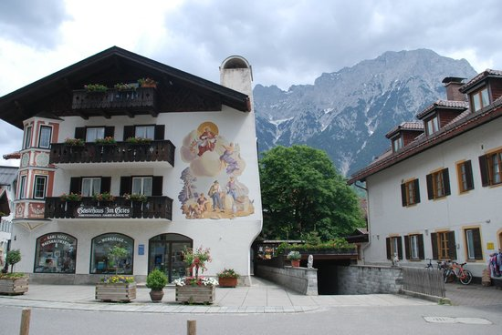 Ferienwohnungen Tiroler Alpenhof : Mittenwald