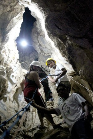 Ugong Rock : Spelunking to the final frontier