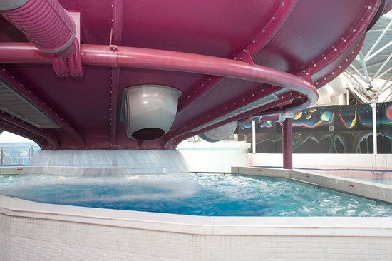 25 Unique Swimming Pools With Slides Blackburn