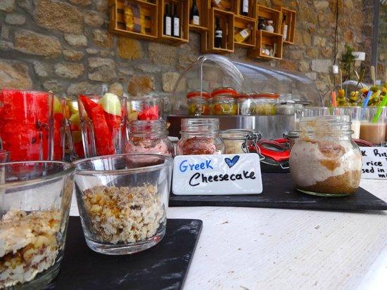 Rocabella Mykonos Art Hotel & SPA: Breakfast buffet