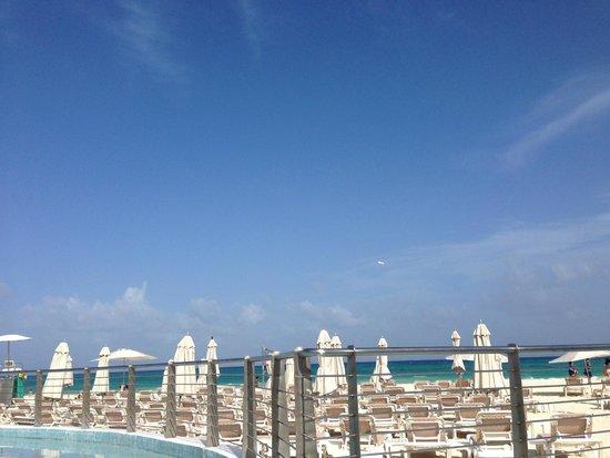 Playacar Palace: sky