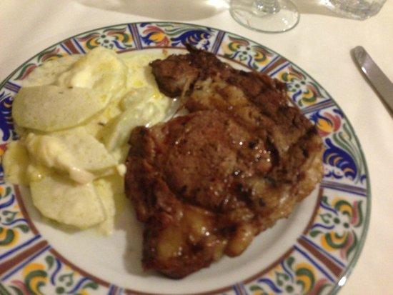 Playacar Palace: steaks