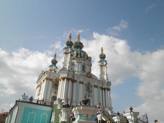 Andriyivski Uzviz: Церковь