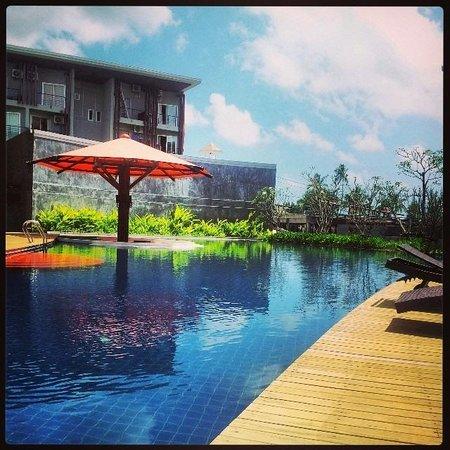 Replay Residence and Pool Villa : Beautiful pool