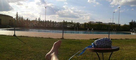 Hotel Candido: junto a la piscina