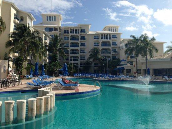 Occidental Costa Cancun: Pool