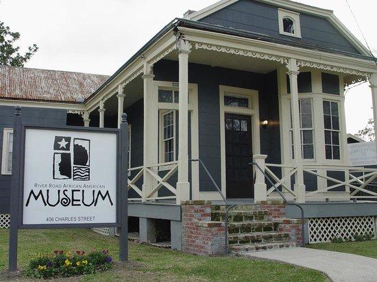 Donaldsonville, LA: River Road African American Museum -Watkins Building