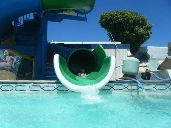 Aquapark Costa Teguise : Strong swimmer slide