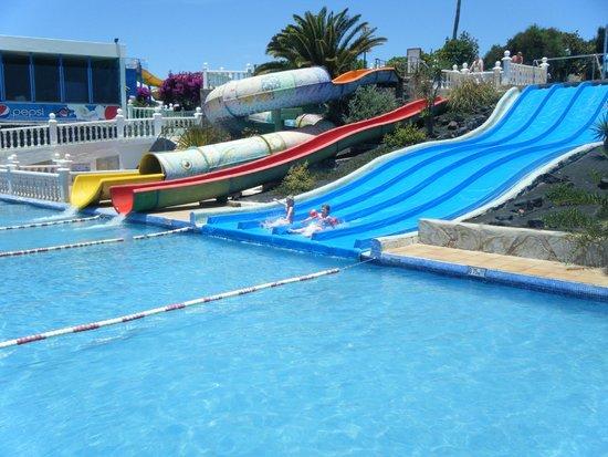 Aquapark Costa Teguise : The children's slides