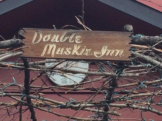 Double Musky Inn: The correct spelling for this establishment.