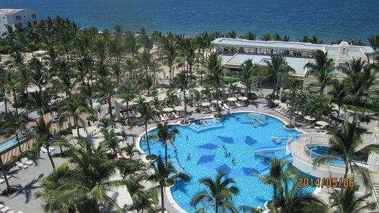 Hotel Riu Vallarta: The Back
