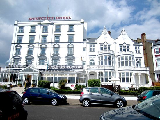 Muthu Westcliff Hotel: Front of hotel