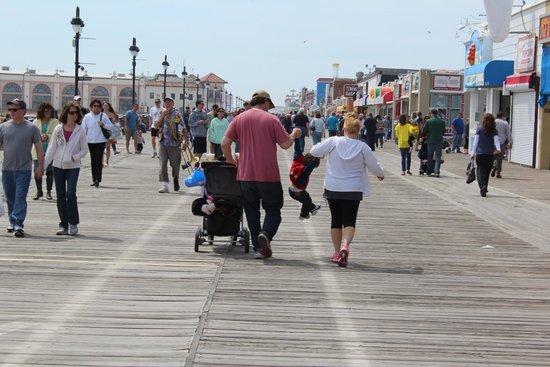 Ocean City Boardwalk: Boardwalk Fun