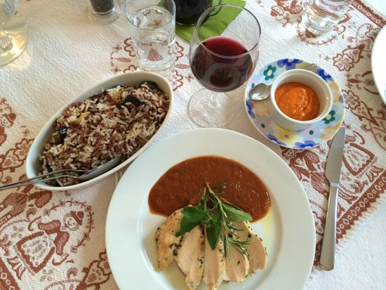 Haus Hepi: Roasted chicken with wild rice