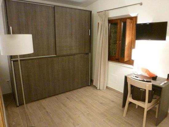 Hotel Mas Pere Pau: Cama adicional