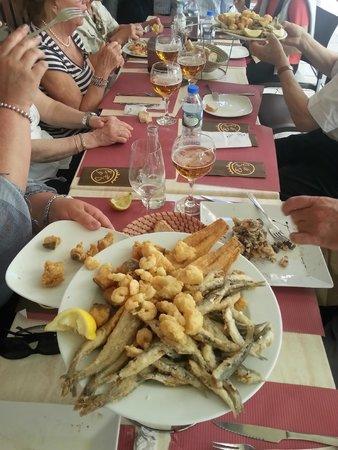 Taberna Divisa Blanca : fritto di pesce