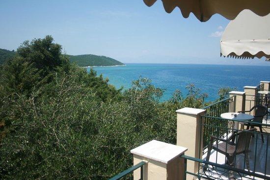 Apraos Bay Hotel: View from balcony