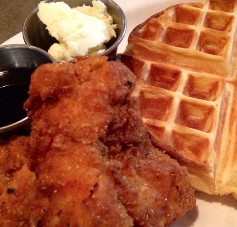 Lennie's and the Bloomington Brewing Co.: Fried Chicken & Waffles