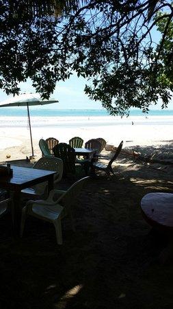 La Vela Latina: The view from the tables of Playa Sámara