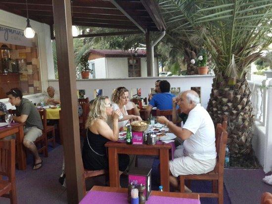 Knidos: Okyanus cafe restaurant