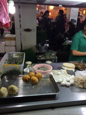 Luodong Night Market: 蚵蛋包