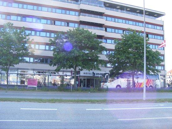 Hotel Jutlandia : front of hotel