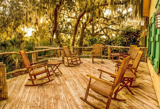 The Lodge On Little St. Simons Island: Comforable Rocking Chairs On The Hunting  Lodge
