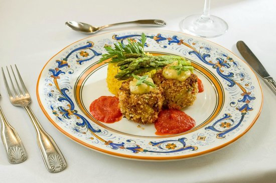 The Lodge on Little St. Simons Island: Pan Seared Crab Cakes
