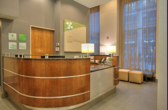 Holiday Inn NYC - Manhattan 6th Avenue - Chelsea: Our renovated lobby is ready to welcome you!