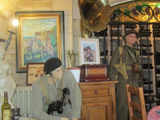 St. Martin Hotel : D-Day Display