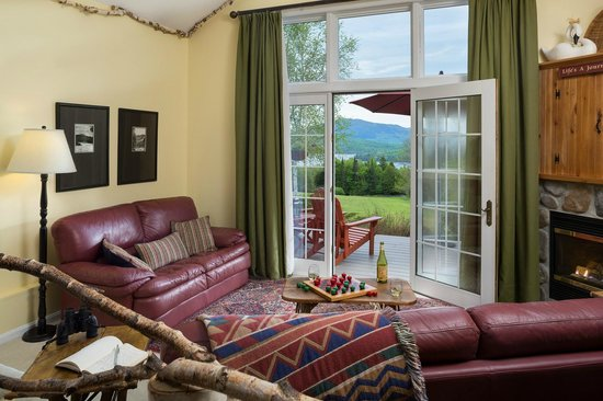 Lodge at Moosehead Lake: The Katahdin Suite at Maine bed and breakfast