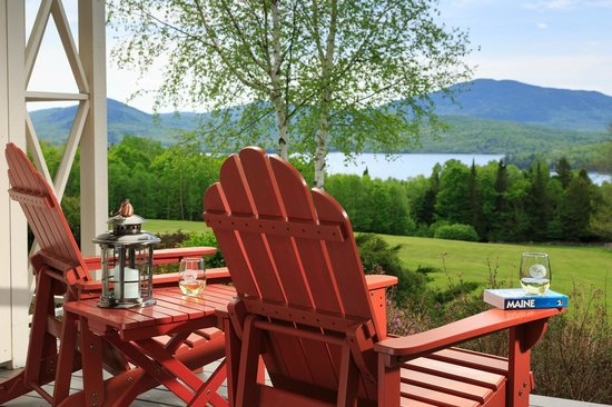 Lodge at Moosehead Lake: Private Balconies looking over Moosehead Lake