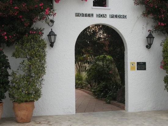 Sol Don Pedro: Entrance to Hotel comples of three hotels