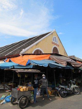 Central Market : Riverside end of the market