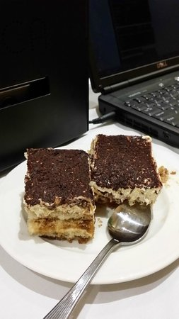 The Florida Hotel and Conference Center: Tiramisu.I took 2 pieces after I had eaten 2 pieces. So GOOOOOD