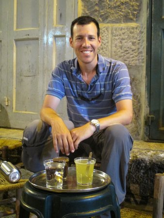 Just Jerusalem Tours -  Day Tours : Tea in the Muslim Quarter!