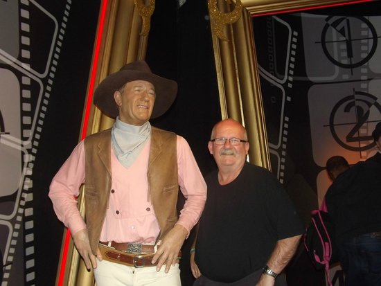 "Madame Tussauds London : Me and ""The Duke"""